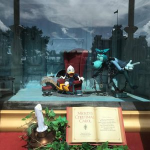 mickeys-christmas-carol-window-2