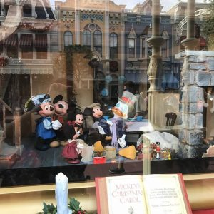 mickeys-christmas-carol-window-6