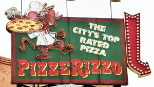 pizzerizzo-sign